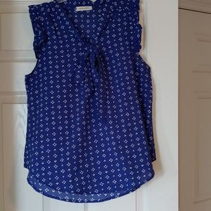 Ruffled Sleeve Blouse- Royal Blue with White Abstr